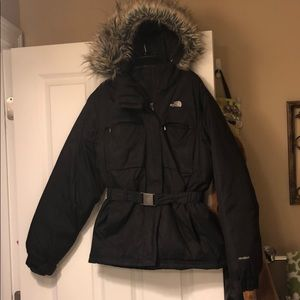 Black north face gorgeous warm waterproof puffer
